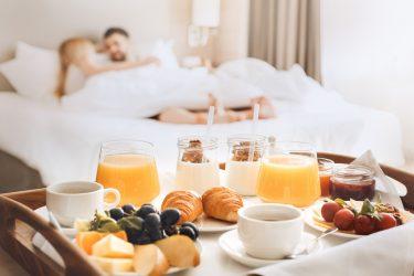Croissant, Frühstück im Bett, Brötchenlieferdienst, Beckmann-bringts.de, Brötchen an die Haustür